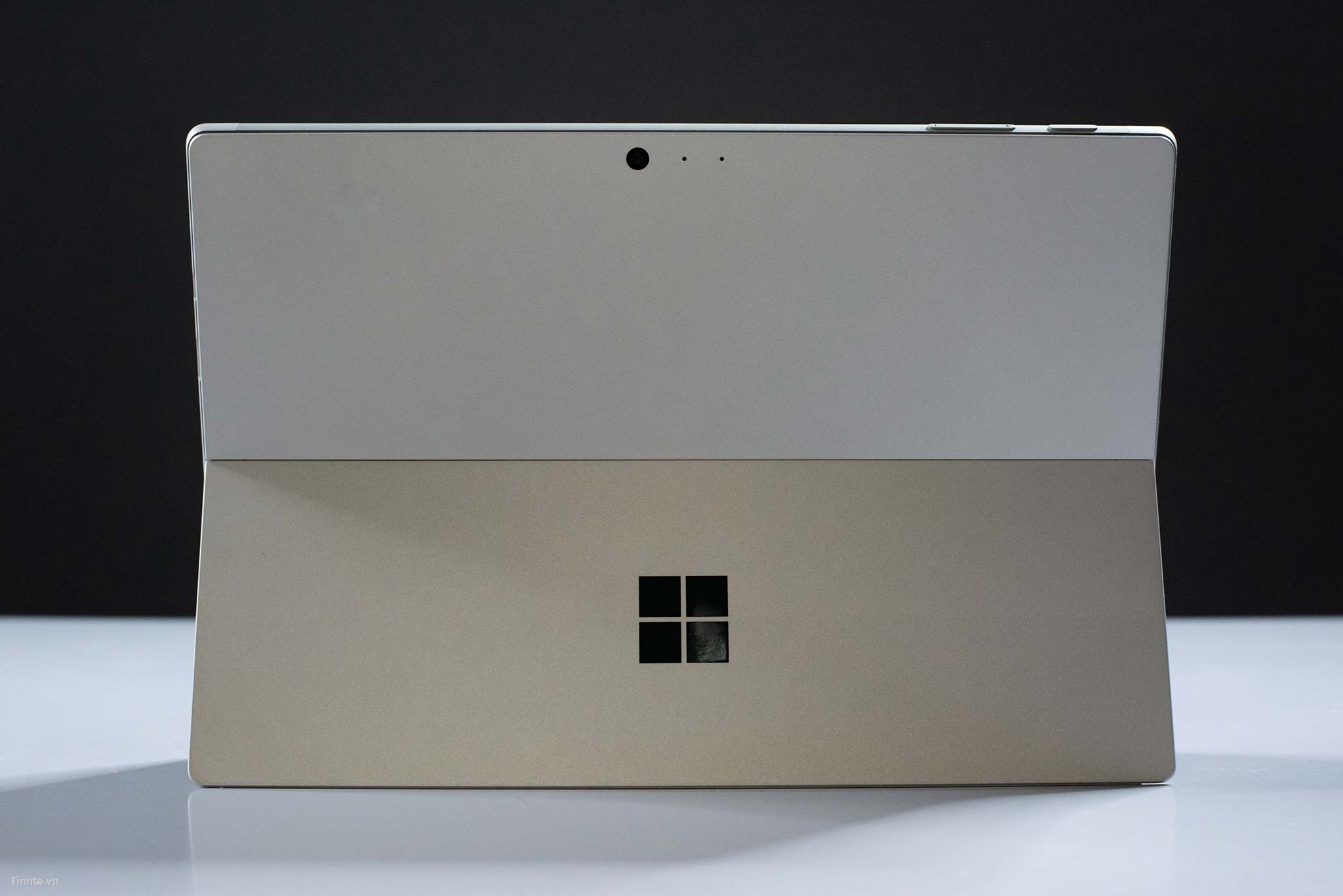 surface-Pro-6-cu-gia-re